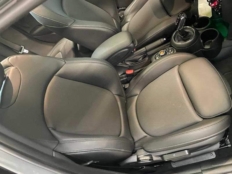 Photo 6 de l'offre de MINI Mini 5 Portes Cooper 136ch Chili à 27900€ chez Dugast automobiles