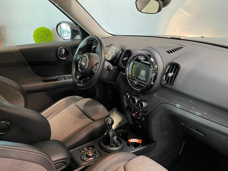 Photo 5 de l'offre de MINI Countryman Cooper D 150ch Business à 17900€ chez Dugast automobiles