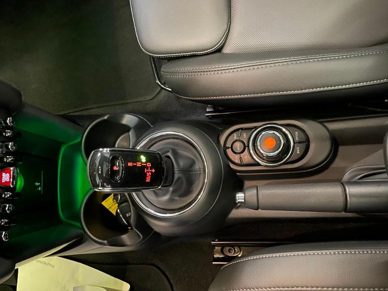 Photo 20 de l'offre de MINI Mini 5 Portes Cooper 136ch Chili à 27900€ chez Dugast automobiles