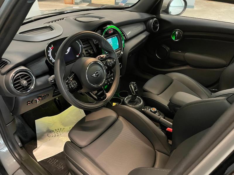 Photo 12 de l'offre de MINI Mini 5 Portes Cooper 136ch Chili à 27900€ chez Dugast automobiles