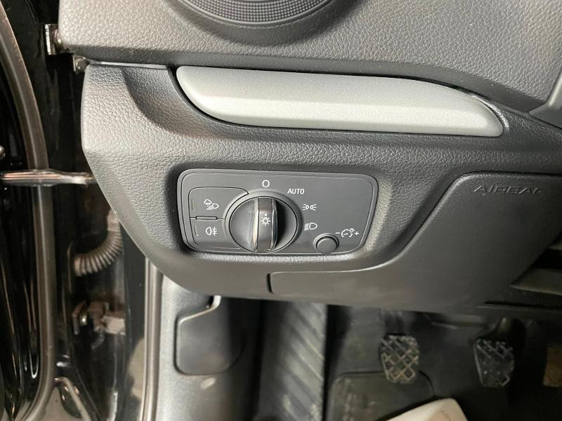 Photo 15 de l'offre de AUDI A3 1.6 TDI 110ch Business line à 17900€ chez Dugast automobiles