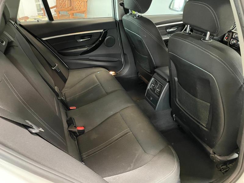 Photo 8 de l'offre de BMW Serie 3 Touring 318dA 150ch Business Design à 19900€ chez Dugast automobiles