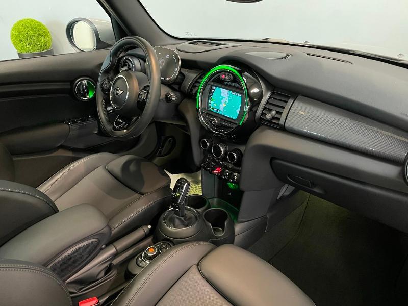 Photo 5 de l'offre de MINI Mini 5 Portes Cooper 136ch Chili à 27900€ chez Dugast automobiles