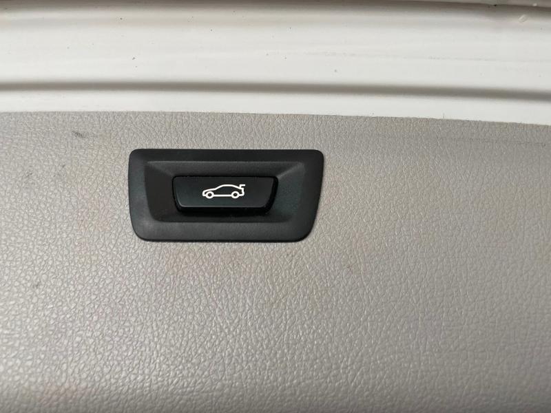Photo 11 de l'offre de BMW Serie 3 Touring 318dA 150ch Business Design à 19900€ chez Dugast automobiles