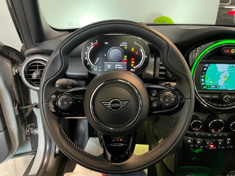 Photo 14 de l'offre de MINI Mini 5 Portes Cooper 136ch Chili à 27900€ chez Dugast automobiles