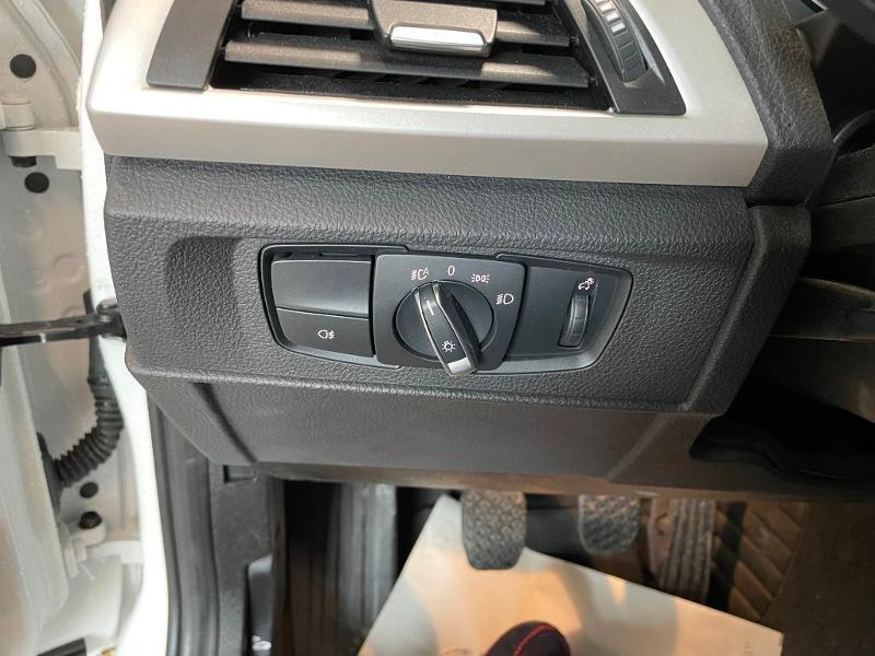Photo 13 de l'offre de BMW Serie 1 116i 109ch Premiere 5p à 17900€ chez Dugast automobiles