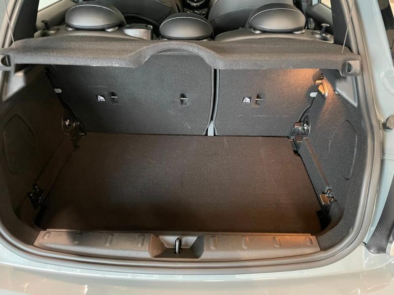 Photo 10 de l'offre de MINI Mini 5 Portes Cooper 136ch Chili à 27900€ chez Dugast automobiles