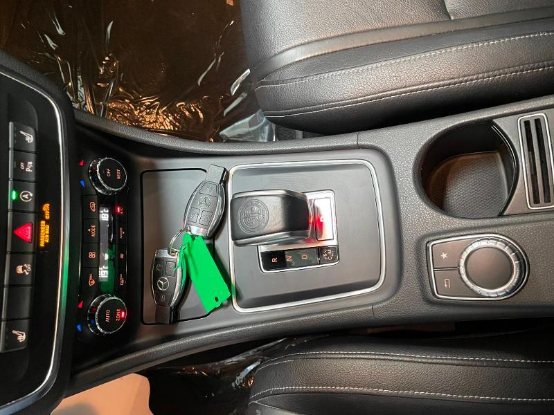 Photo 23 de l'offre de MERCEDES-BENZ CLA Shooting Brake 45 AMG 4Matic Speedshift DCT à 36900€ chez Dugast automobiles