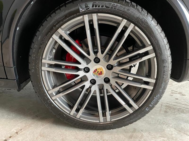 Photo 11 de l'offre de PORSCHE Cayenne 3.6 440ch GTS à 59900€ chez Dugast automobiles