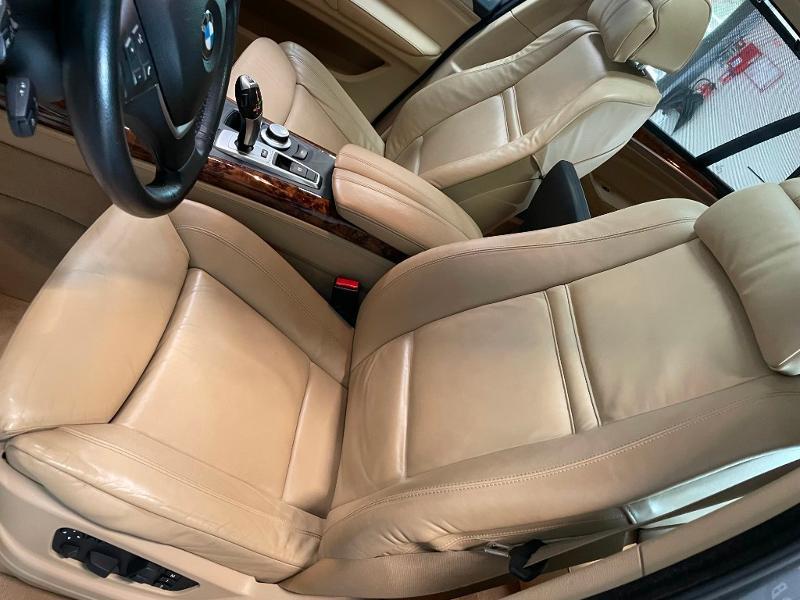 Photo 16 de l'offre de BMW X5 4.8iA 355ch Luxe à 12900€ chez Dugast automobiles