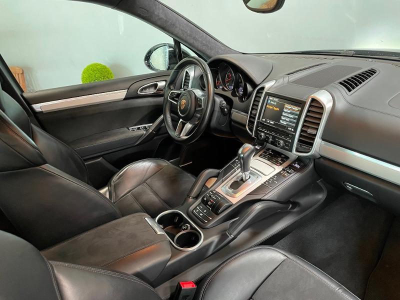 Photo 5 de l'offre de PORSCHE Cayenne 3.6 440ch GTS à 59900€ chez Dugast automobiles