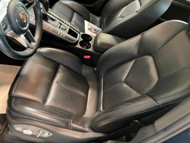 Photo 16 de l'offre de PORSCHE Macan 3.0 V6 258ch S Diesel PDK à 43900€ chez Dugast automobiles