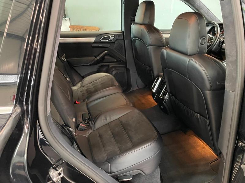 Photo 8 de l'offre de PORSCHE Cayenne 3.6 440ch GTS à 59900€ chez Dugast automobiles