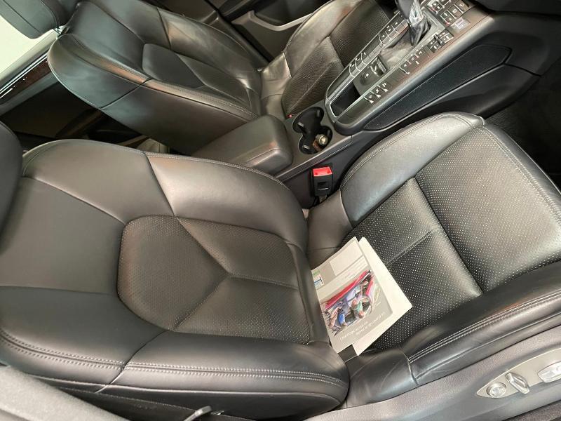 Photo 6 de l'offre de PORSCHE Macan 3.0 V6 258ch S Diesel PDK à 43900€ chez Dugast automobiles