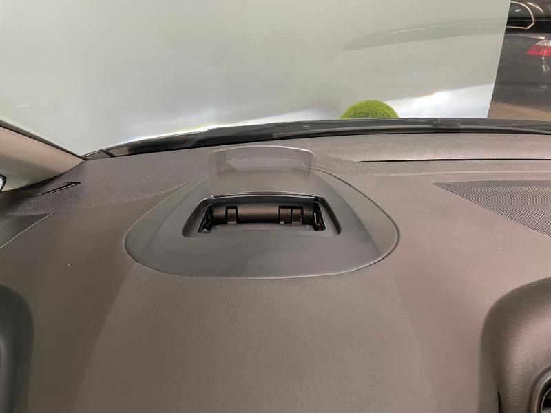 Photo 19 de l'offre de RENAULT Grand Scenic 1.6 dCi 130ch Energy Intens à 14900€ chez Dugast automobiles