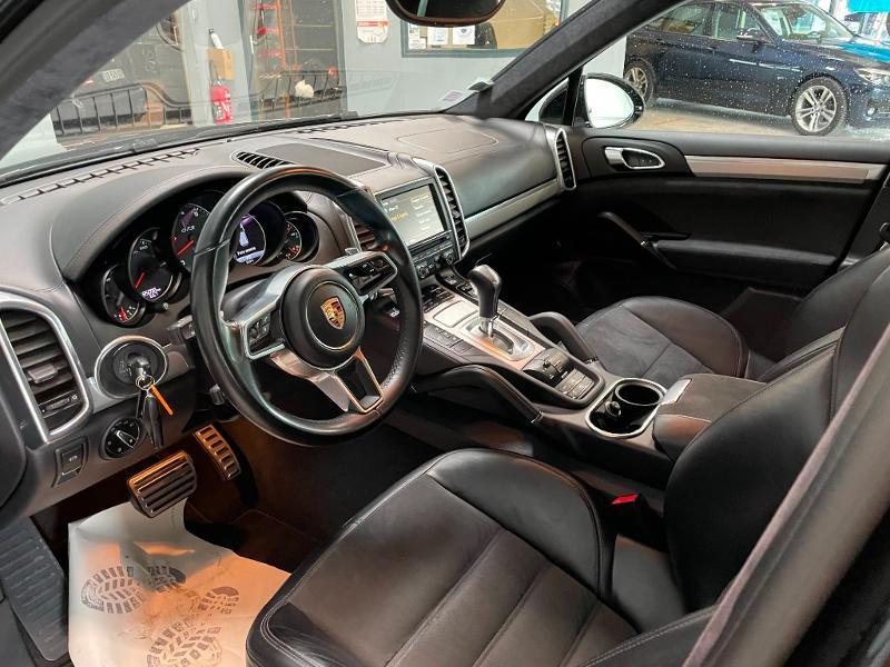 Photo 13 de l'offre de PORSCHE Cayenne 3.6 440ch GTS à 59900€ chez Dugast automobiles