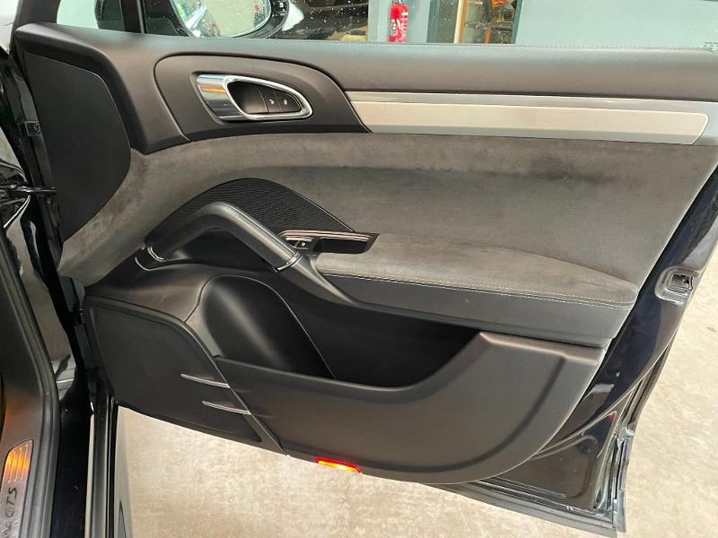 Photo 7 de l'offre de PORSCHE Cayenne 3.6 440ch GTS à 59900€ chez Dugast automobiles