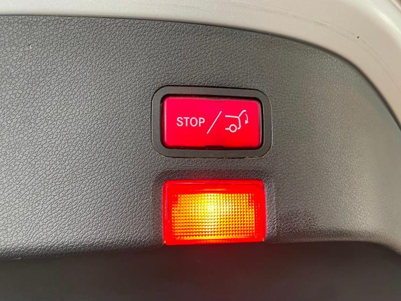 Photo 13 de l'offre de MERCEDES-BENZ CLA Shooting Brake 45 AMG 4Matic Speedshift DCT à 36900€ chez Dugast automobiles