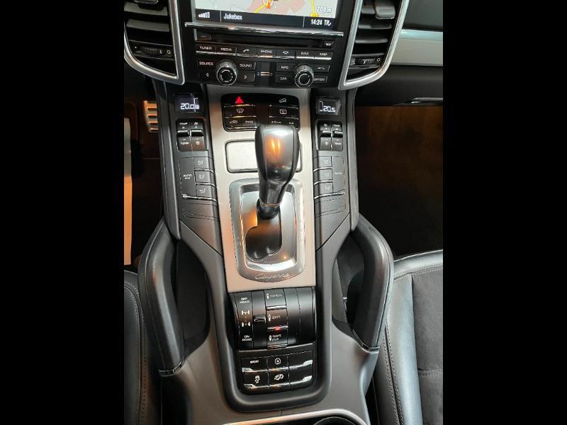 Photo 17 de l'offre de PORSCHE Cayenne 3.6 440ch GTS à 59900€ chez Dugast automobiles