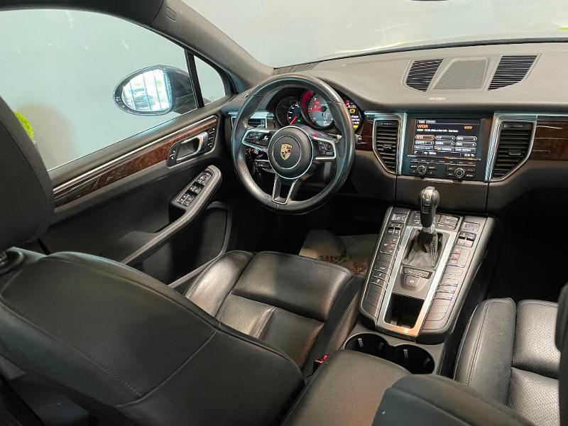 Photo 10 de l'offre de PORSCHE Macan 3.0 V6 258ch S Diesel PDK à 43900€ chez Dugast automobiles