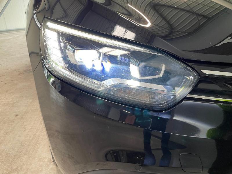 Photo 15 de l'offre de RENAULT Grand Scenic 1.6 dCi 130ch Energy Intens à 14900€ chez Dugast automobiles