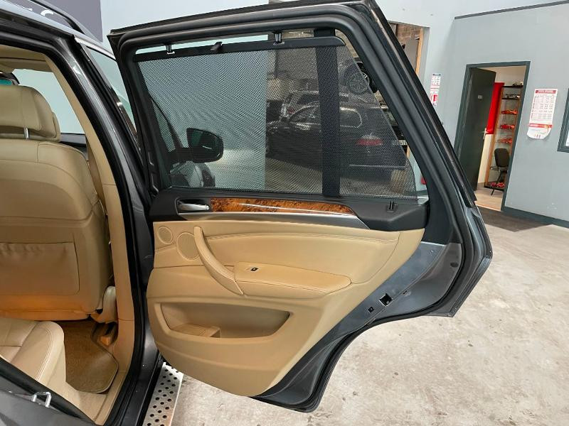 Photo 12 de l'offre de BMW X5 4.8iA 355ch Luxe à 12900€ chez Dugast automobiles