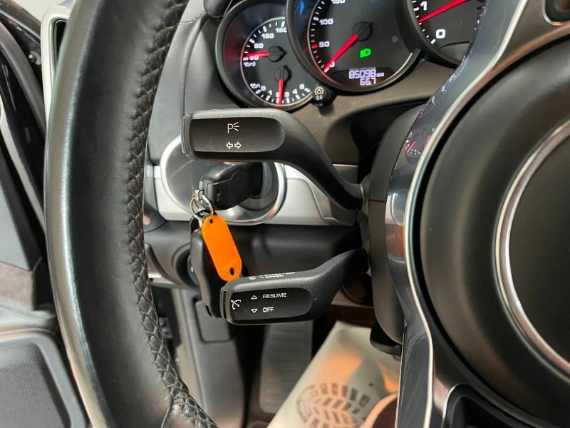 Photo 20 de l'offre de PORSCHE Cayenne 3.6 440ch GTS à 59900€ chez Dugast automobiles