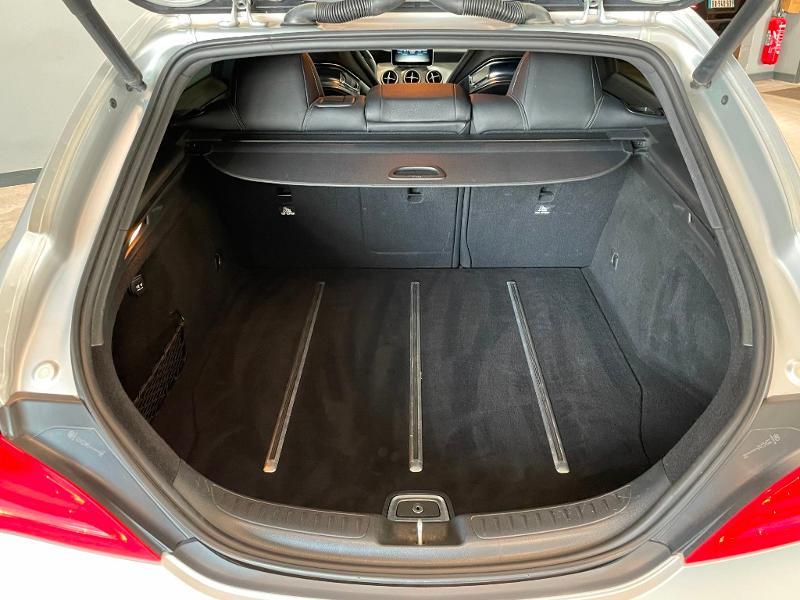 Photo 12 de l'offre de MERCEDES-BENZ CLA Shooting Brake 45 AMG 4Matic Speedshift DCT à 36900€ chez Dugast automobiles