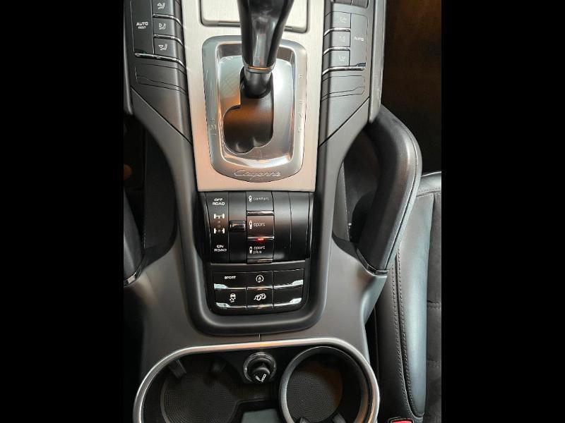 Photo 18 de l'offre de PORSCHE Cayenne 3.6 440ch GTS à 59900€ chez Dugast automobiles