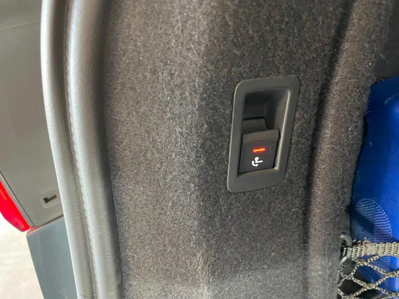 Photo 12 de l'offre de AUDI A4 Avant 3.0 V6 TDI 272ch Design Luxe quattro Tiptronic à 31900€ chez Dugast automobiles