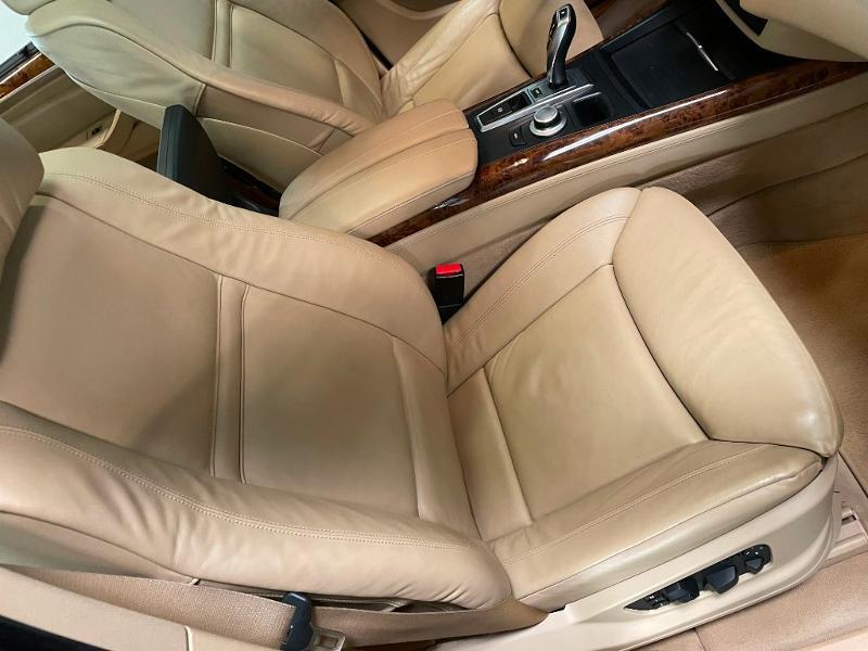 Photo 6 de l'offre de BMW X5 4.8iA 355ch Luxe à 12900€ chez Dugast automobiles
