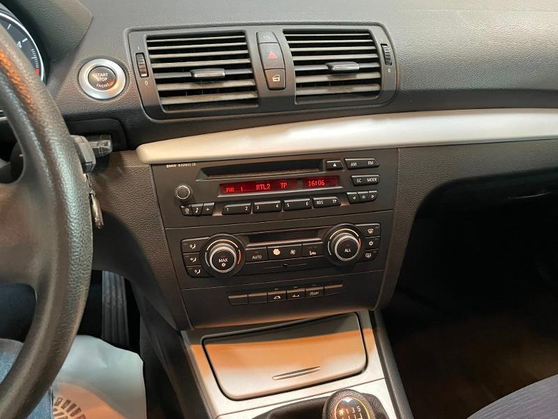 Photo 13 de l'offre de BMW Serie 1 Cabriolet 118d 143ch Confort à 11900€ chez Dugast automobiles