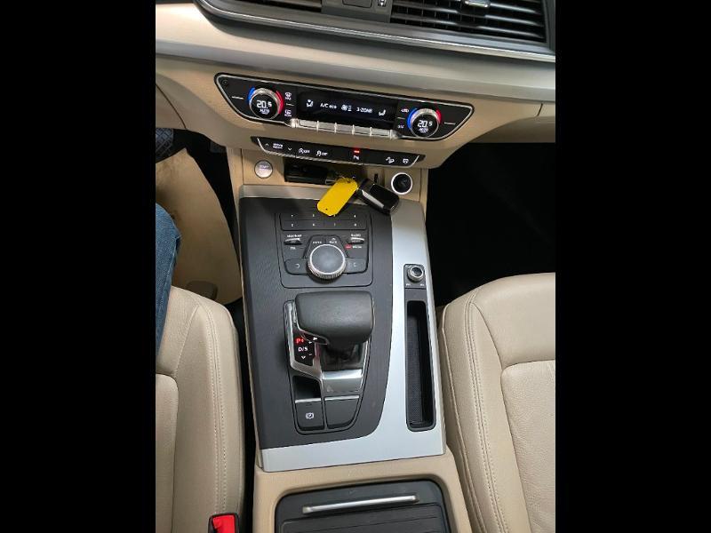 Photo 26 de l'offre de AUDI Q5 2.0 TDI 163ch Business Executive quattro S tronic 7 à 33900€ chez Dugast automobiles