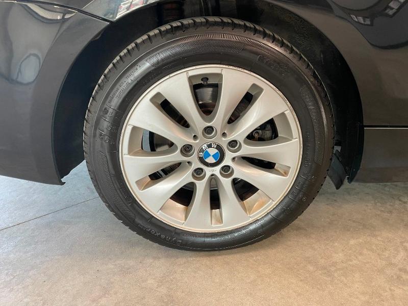 Photo 5 de l'offre de BMW Serie 1 Cabriolet 118d 143ch Confort à 11900€ chez Dugast automobiles