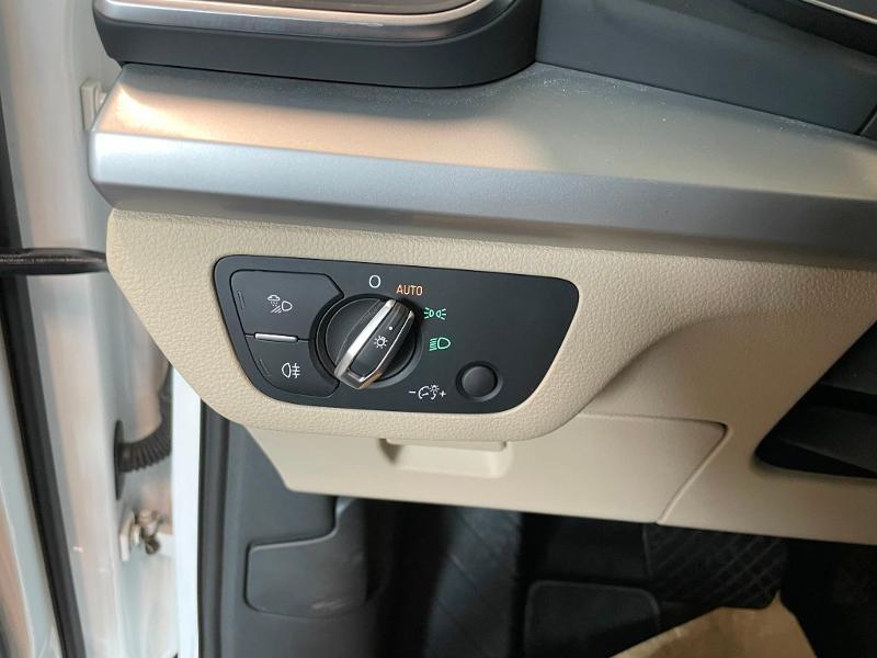 Photo 18 de l'offre de AUDI Q5 2.0 TDI 163ch Business Executive quattro S tronic 7 à 33900€ chez Dugast automobiles