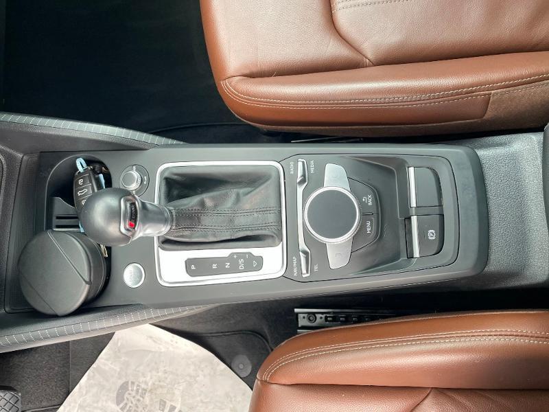 Photo 24 de l'offre de AUDI Q2 1.4 TFSI 150ch COD Design luxe S tronic 7 à 27900€ chez Dugast automobiles