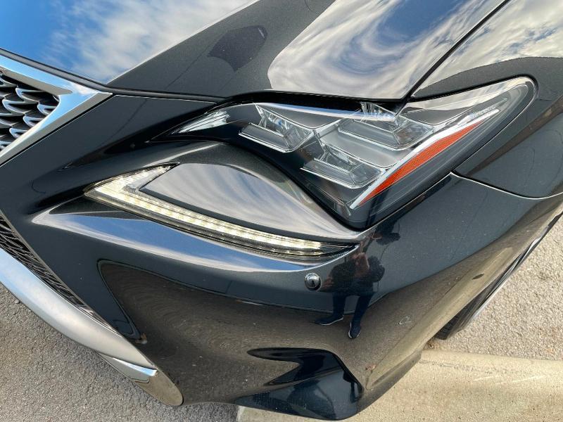Photo 23 de l'offre de LEXUS RC 300h F SPORT Executive Black Edition à 36900€ chez Dugast automobiles
