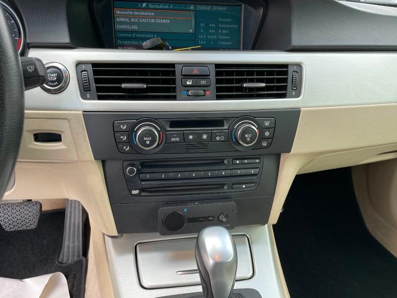 Photo 19 de l'offre de BMW Serie 3 Cabriolet 325iA 218ch Luxe à 18900€ chez Dugast automobiles