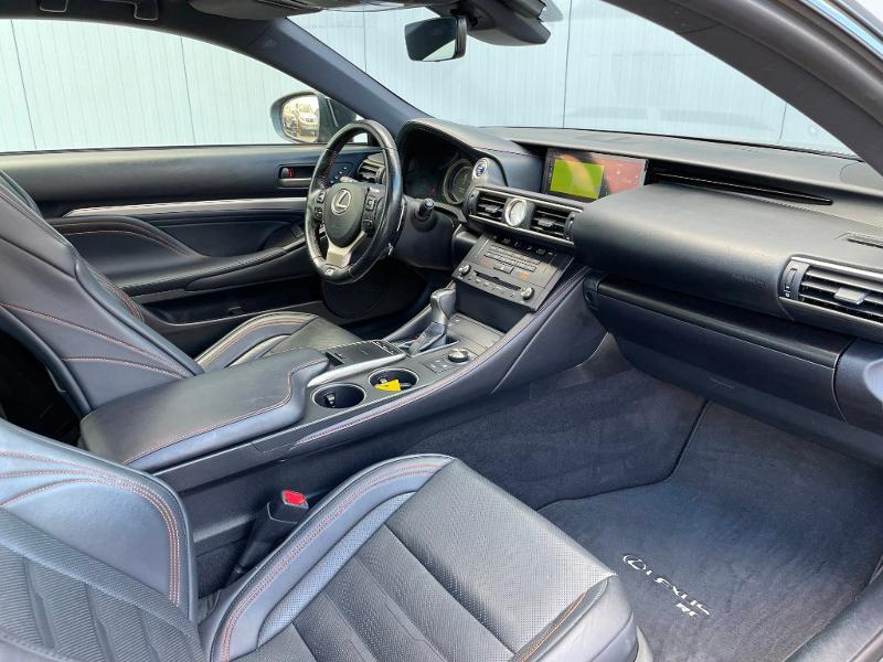 Photo 5 de l'offre de LEXUS RC 300h F SPORT Executive Black Edition à 36900€ chez Dugast automobiles