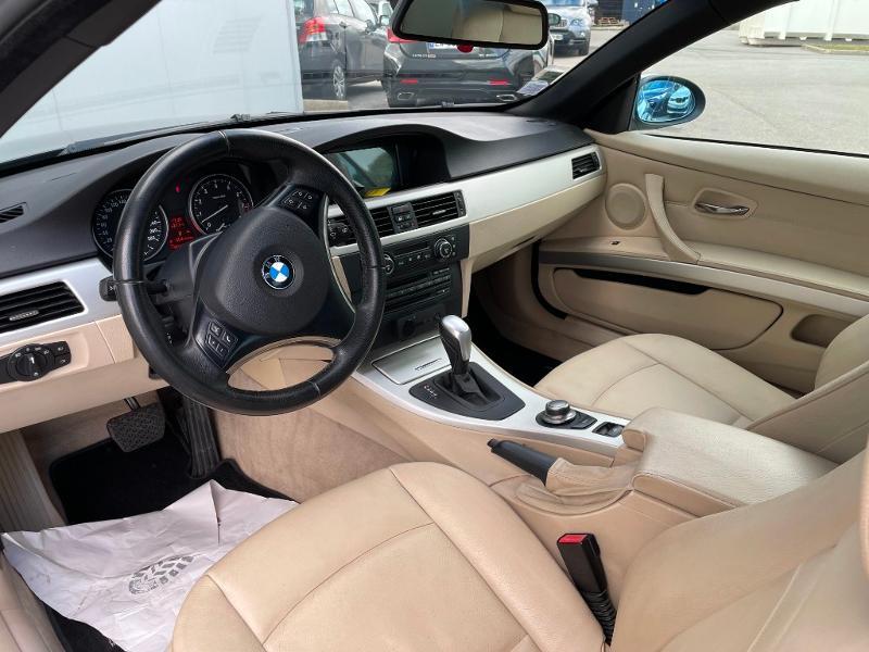 Photo 23 de l'offre de BMW Serie 3 Cabriolet 325iA 218ch Luxe à 18900€ chez Dugast automobiles
