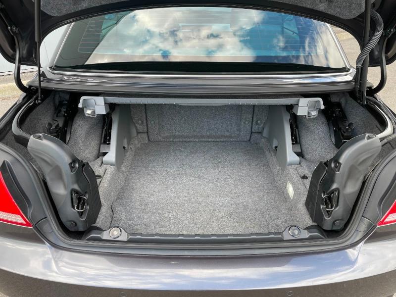 Photo 11 de l'offre de BMW Serie 3 Cabriolet 325iA 218ch Luxe à 18900€ chez Dugast automobiles