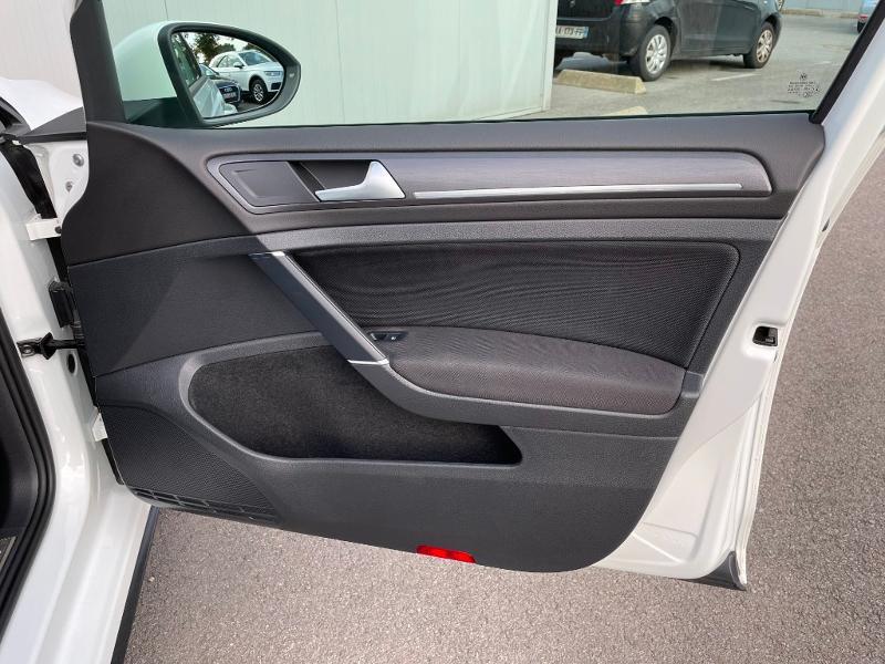 Photo 7 de l'offre de VOLKSWAGEN Golf 1.4 TSI 204ch Hybride Rechargeable GTE DSG6 Euro6d-T 5p à 28900€ chez Dugast automobiles