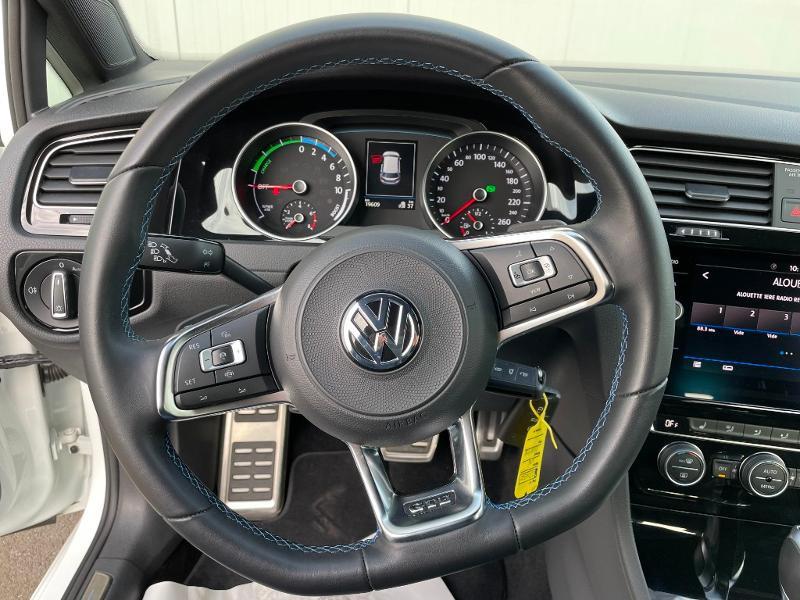 Photo 14 de l'offre de VOLKSWAGEN Golf 1.4 TSI 204ch Hybride Rechargeable GTE DSG6 Euro6d-T 5p à 28900€ chez Dugast automobiles