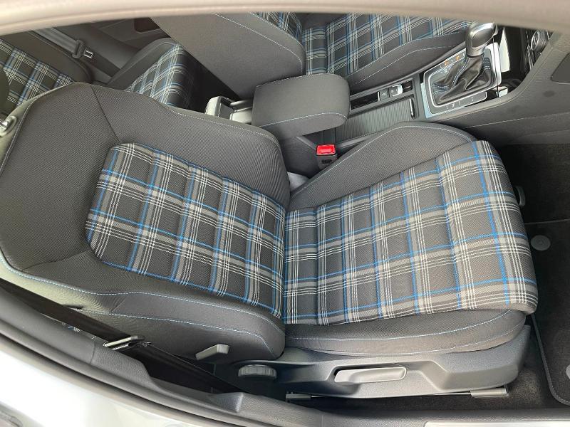 Photo 6 de l'offre de VOLKSWAGEN Golf 1.4 TSI 204ch Hybride Rechargeable GTE DSG6 Euro6d-T 5p à 28900€ chez Dugast automobiles