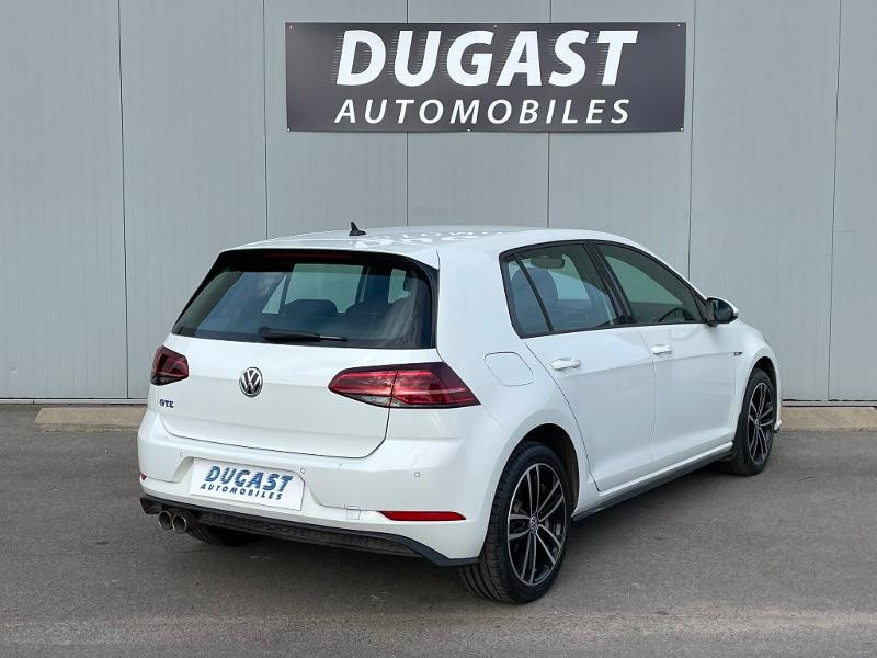 Photo 4 de l'offre de VOLKSWAGEN Golf 1.4 TSI 204ch Hybride Rechargeable GTE DSG6 Euro6d-T 5p à 28900€ chez Dugast automobiles