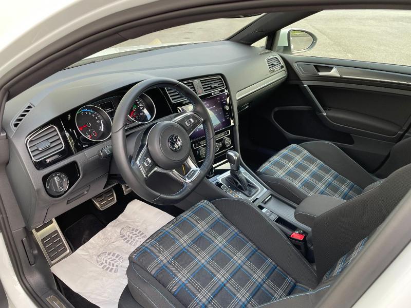 Photo 13 de l'offre de VOLKSWAGEN Golf 1.4 TSI 204ch Hybride Rechargeable GTE DSG6 Euro6d-T 5p à 28900€ chez Dugast automobiles