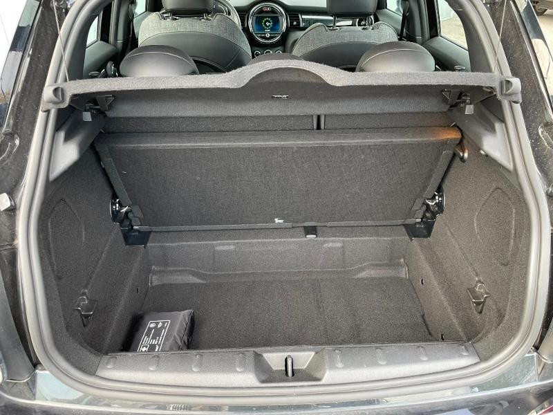 Photo 12 de l'offre de MINI Mini 5 Portes Cooper 136ch Edition Greenwich BVA7 à 27900€ chez Dugast automobiles