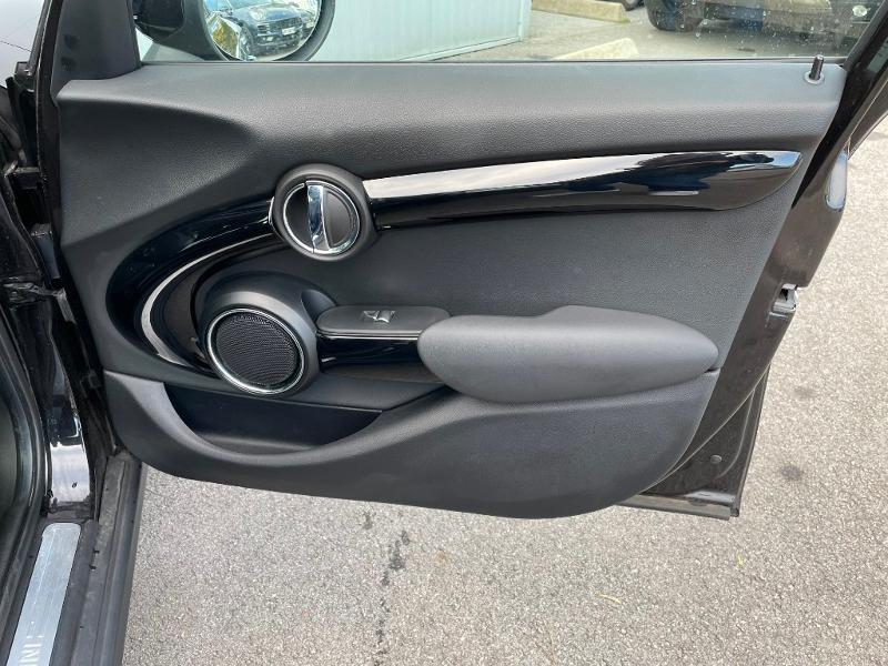 Photo 7 de l'offre de MINI Mini 5 Portes Cooper 136ch Edition Greenwich BVA7 à 27900€ chez Dugast automobiles