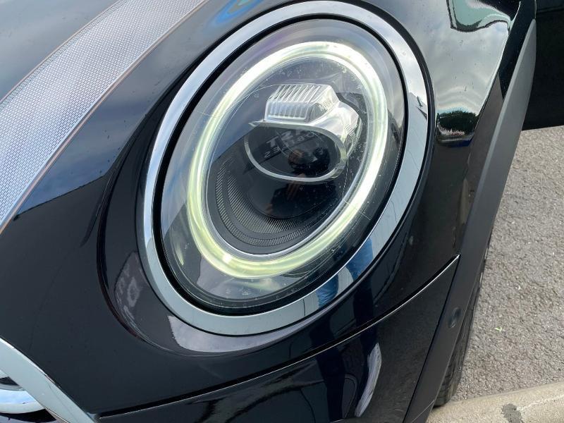 Photo 21 de l'offre de MINI Mini 5 Portes Cooper 136ch Edition Greenwich BVA7 à 27900€ chez Dugast automobiles