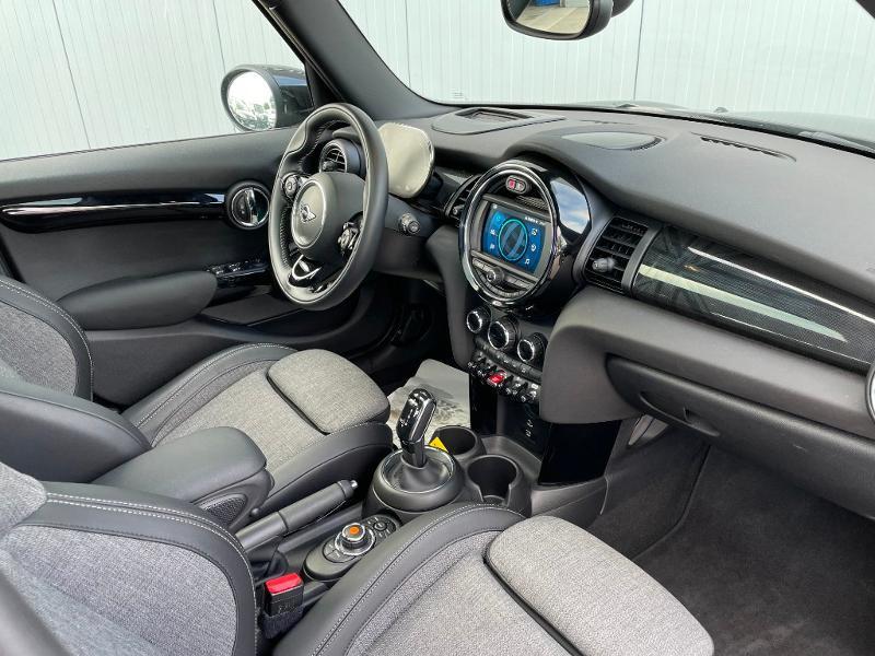 Photo 5 de l'offre de MINI Mini 5 Portes Cooper 136ch Edition Greenwich BVA7 à 27900€ chez Dugast automobiles
